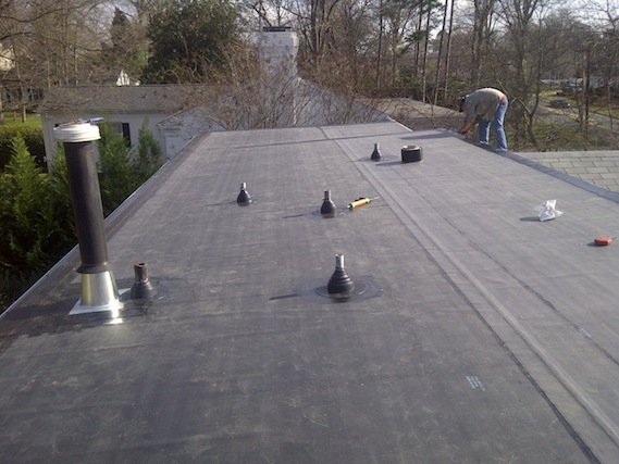 Finished reinforced rubber membrane system from wind damage.